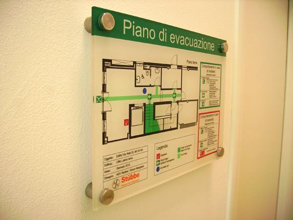 Segnaletica per hotel ospedali segnaletica uffici for Piani di uffici di garage